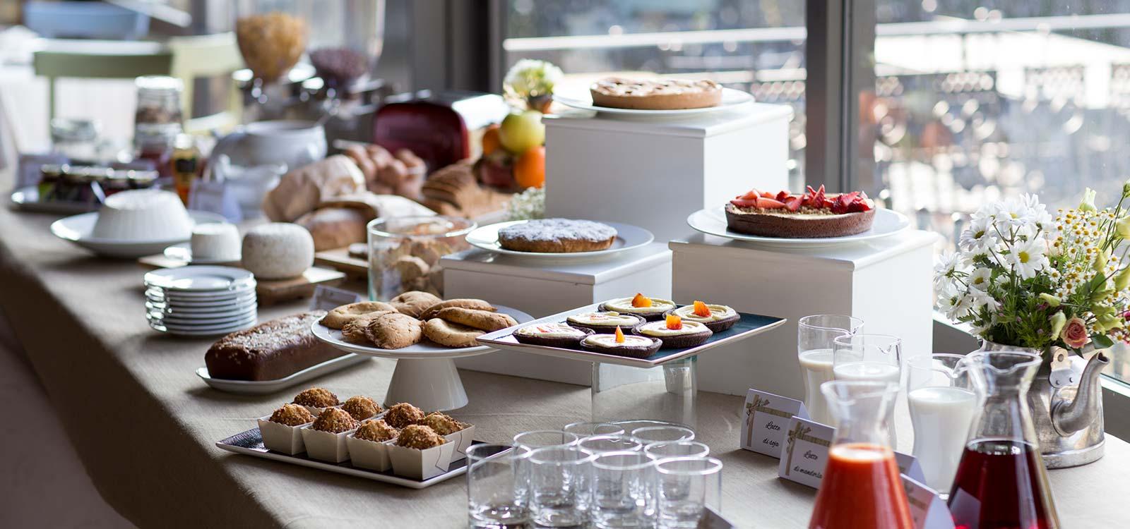 La colazione gourmet al Resort Le Case a Macerata